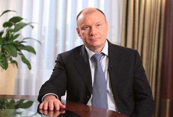 «Думайте о филантропии как о хоккейной команде»: Владимир Потанин