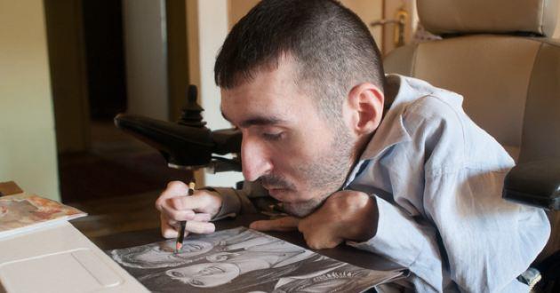 Художник-инвалид Вреж Киракосян: «Душа моя в стиле ню»
