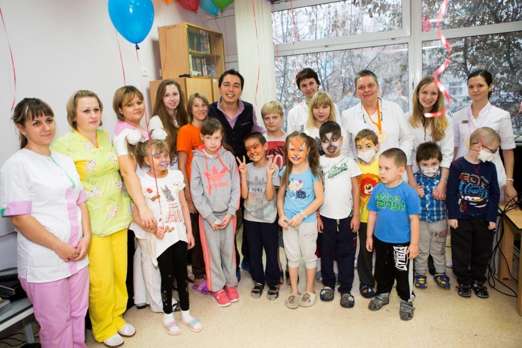 Фонд «Подсолнух» отмечает годовщину борьбы с иммунодефицитом